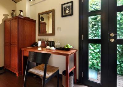 Garden King Suite - Hotel Clover 33 Jalan Sultan