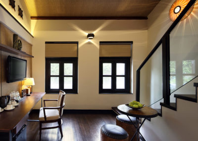 Loft Quad Suite - Hotel Clover 33 Jalan Sultan