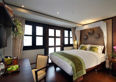 Plush Queen - Hotel Clover 33 Jalan Sultan