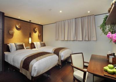 Plush Twin - Hotel Clover 33 Jalan Sultan